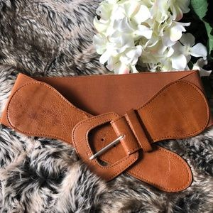 Tan Brown elastic and Faux leather belt S/M